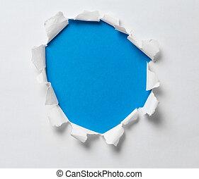 strappato, buco, su, il, carta, con, sfondo blu