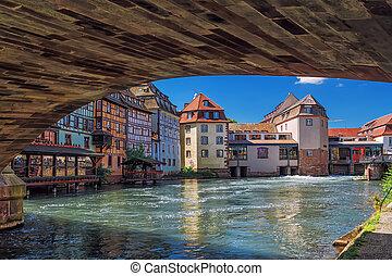 "Strasbourg. District ""little France"" Frantsiya. Evropa."