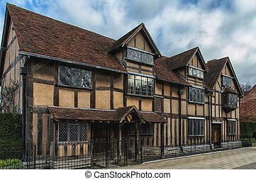Stratford Shakespear - William Shakespeare's Birthplace, ...