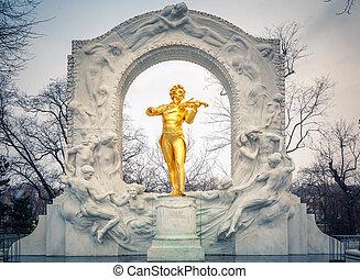 Strauss in snowstorm - Statue of Johann Strauss in Vienna...