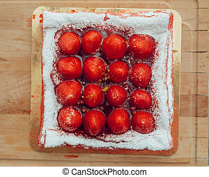 strawberry cake, top view