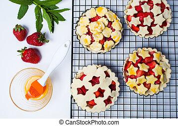 Strawberry sweet pie before baking