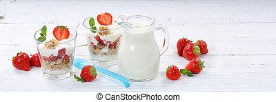 Strawberry yogurt yoghurt strawberries fruits cup muesli spoon banner breakfast