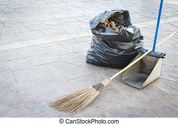 Street cleaning - broom, rubbish bag and dustpan - Set of ...