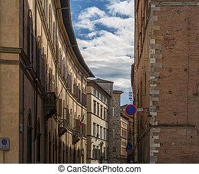 street in siena itali