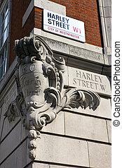 Harley Street in London - Street sign for Harley Street in ...