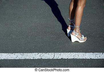 streetwalker - Sexy legs in sandals