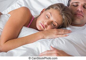 streicheln, paar, eingeschlafen, bett, friedlich