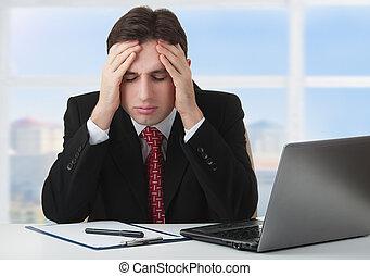 stress, giovane, fatica, sotto, uomo affari, mal di testa