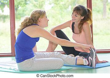 stretching before yoga