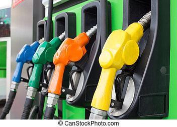 strilmunstycke, gas pumpa