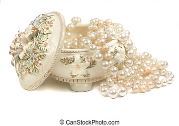 strings of pearls and trinket box