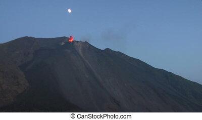 Stromboli eruption 01