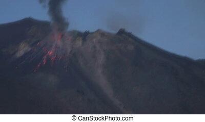 Stromboli eruption 02