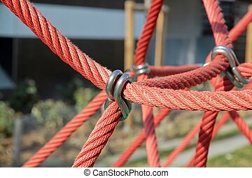 strong bond, ropes and rings to heavy resistance