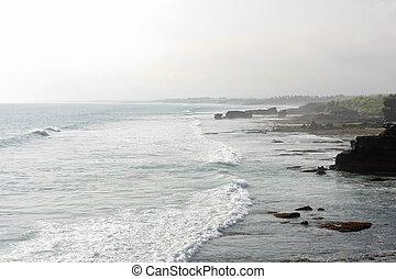 Strong Waves At Tanah Lot
