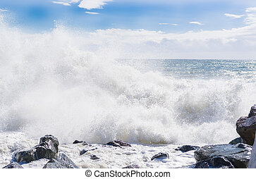 Strong waves in the the sea