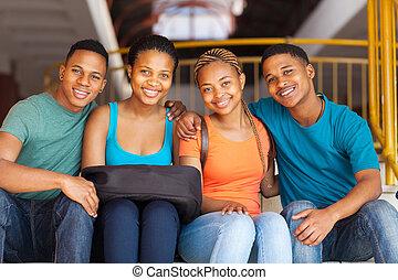 studenci, amerykanka, grupa, afrykanin