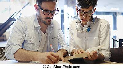 studenci, badając, młody, biblioteka