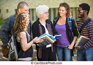 studenci, badając, uniwersytecki obręb szkoły