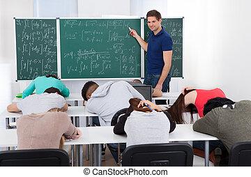 studenci, matematyka, znudzony, nauczyciel, nauczanie