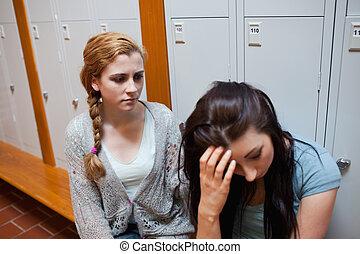 student, het troosten, haar, vriend