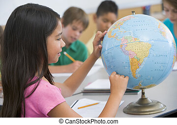 student, i kategori, pekande vid, a, klot, (selective, focus)