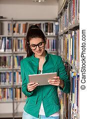 studente, biblioteca, tavoletta, femmina, felice