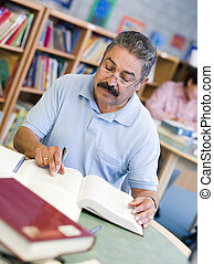 studente, studiare, maschio, biblioteca, maturo