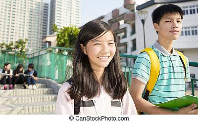 studentsstanding, tiener, campus, samen