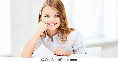 studerend , klein meisje, school student