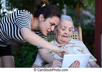 studing, nagyanyó, kommunikáció