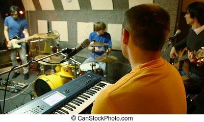 studio enregistrement, groupe, jouer, musical