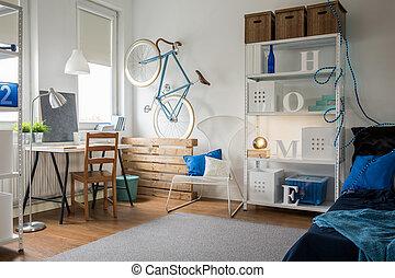 Studio for creative person - Small blue studio for creative...