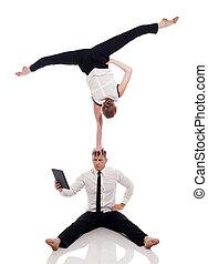 studio, laptop, proposta, businessmen-acrobats
