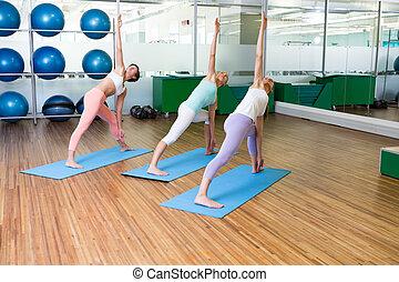 studio, yoga, stosowność klasa