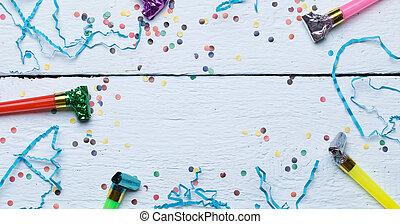 stuiver, fluiten, feestelijk, confetti