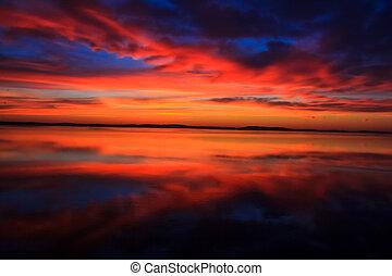 stunningly, colorful východ slunce