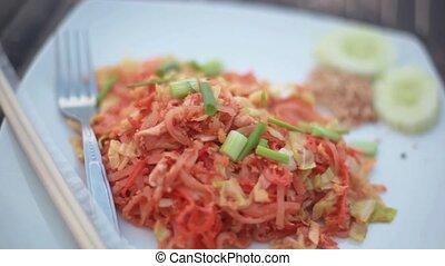 style, nouille, bâtons, viande, poulet frit, thaïlandais coussin, riz, dish.