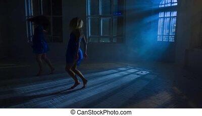 style, różny, sylwetka, taniec, nowoczesny, światło księżyca, produkcja, pod