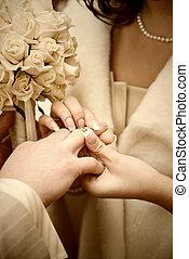 stylized, foto, bröllop, puttting, ring.