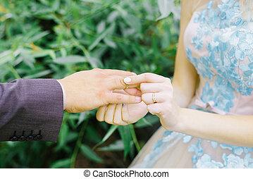 su, day., anillos, close-up., ceremonia boda, recién casados...