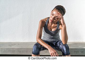 suar, mulher, cansadas, esvaziado, executando, condicão física