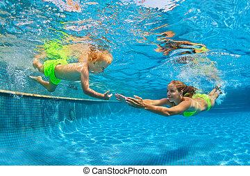 submarinas, divertimento familiar, mergulhar, feliz, piscina, natação