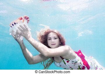 submarinas, mulher