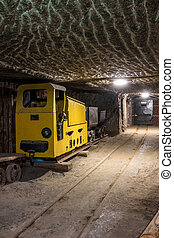 subterrâneo, túnel mina, com, equipamento mineração