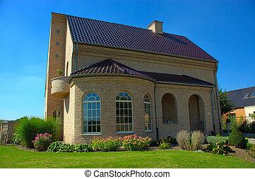 Suburban house. - Rural suburban house in belgium.