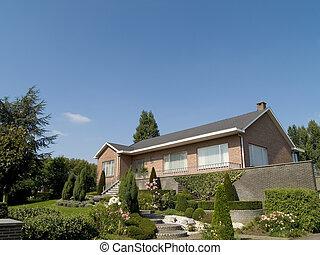 suburbano, house.