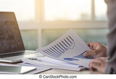 succes, 文書, 財政, 計画, 仕事, グラフ, 仕事, 読書, ビジネスマン, 分析しなさい, 文書