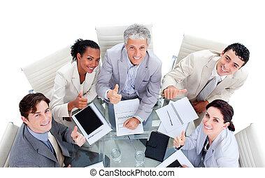 succesrige, international branche, folk sidde, ind, en, møde...